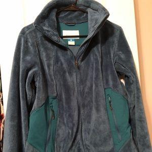 Like new turquoise Columbia fleece